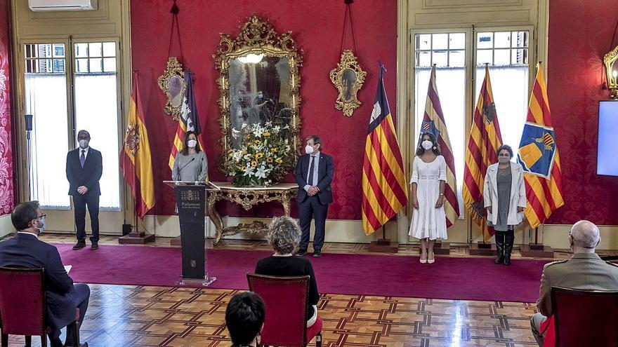 Día de les Illes Balears | El Parlament homenajea a los servicios esenciales durante la pandemia