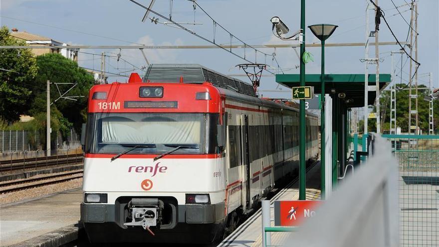 IU critica la reducción de trenes de cercanías entre Villarrubia y Alcolea
