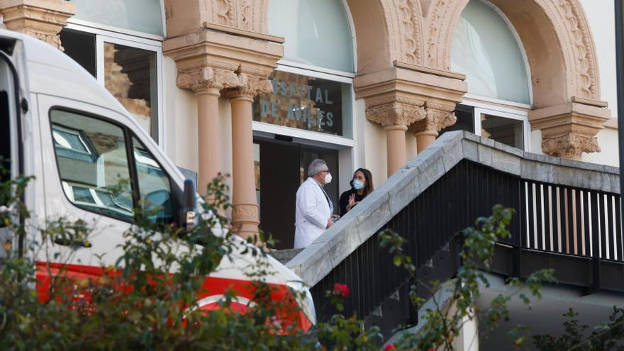 El Hospital Avilés cuenta ya con 24 camas para pacientes geriátricos con covid