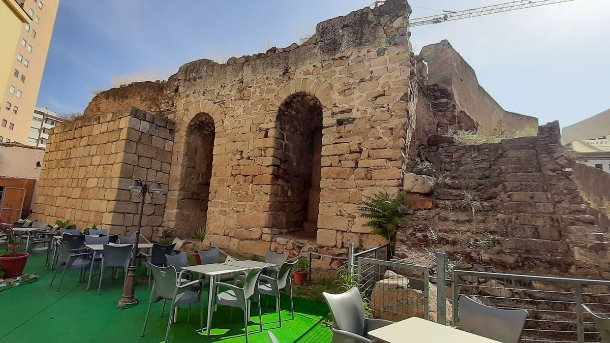 La Torre Albarrana se integrará en el proyecto del teatro María Luisa.