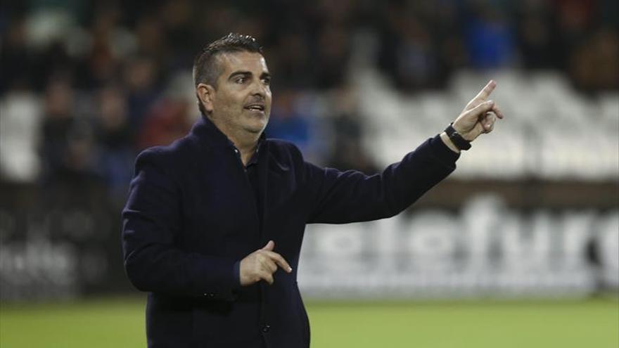 David Gutiérrez vive sus horas más críticas en el banquillo del Castellón