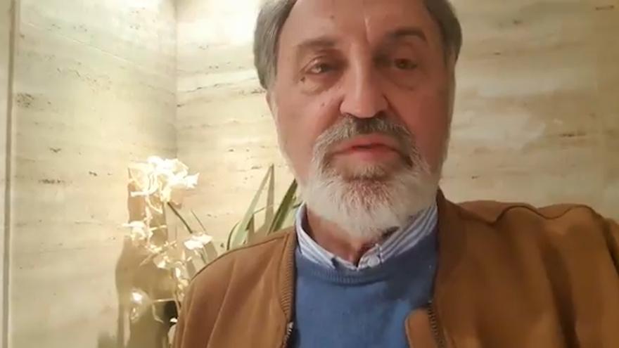"""El abanderado olímpico en Moscú'80, Herminio Menéndez, felicita a Saúl Craviotto y Mirella Belmonte, a los que considera dos """"grandísimos deportistas"""""""