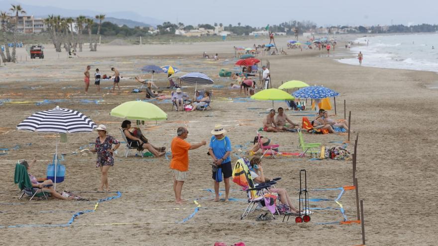 La playa de Canet empieza a parcelarse