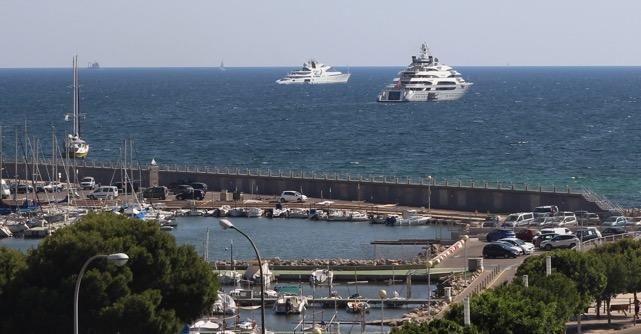 Ocean Victory und Victory 3 vor Mallorca