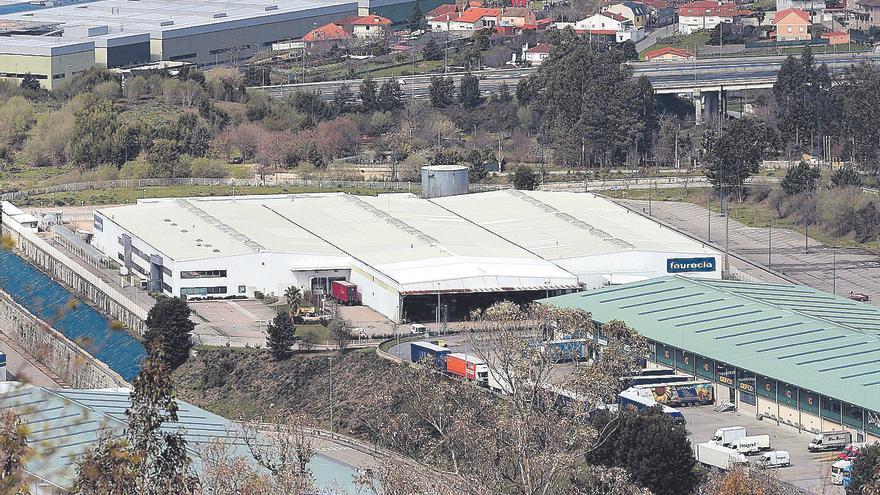 Dos proveedores de Stellantis van a la huelga en plena crisis de los chips