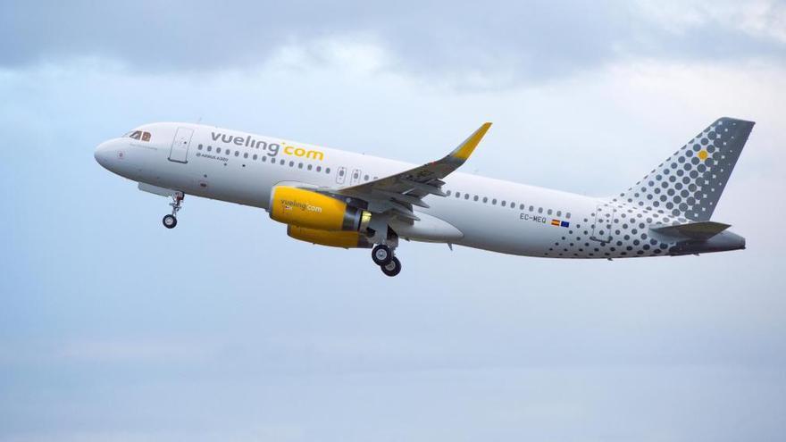 Cancelados otros cuatro vuelos de la ruta a Barcelona por la huelga de Vueling