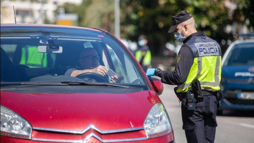 Verstöße während der Ausgangssperre: zwölf Festnahmen an einem Tag