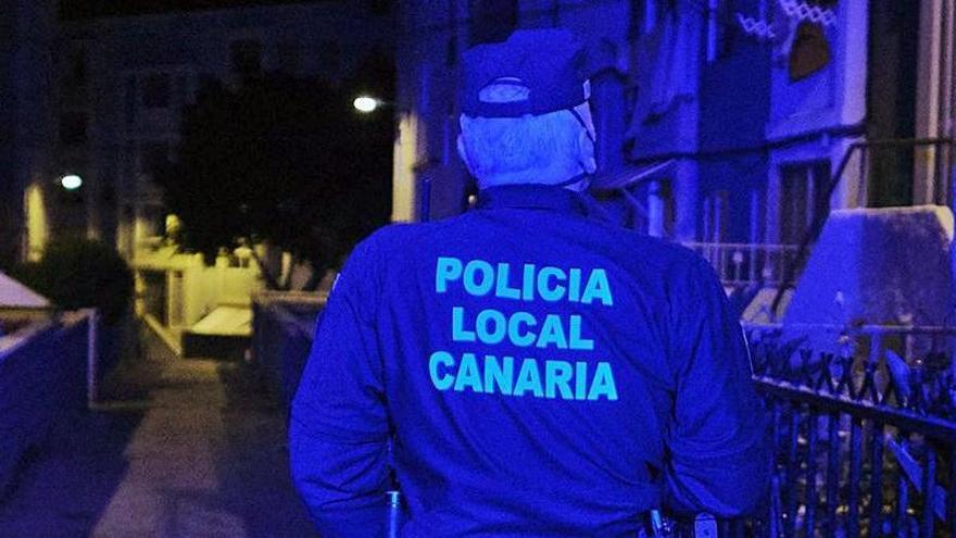 El modelo de las policías locales vuelve a enfrentar a alcaldes y sindicatos