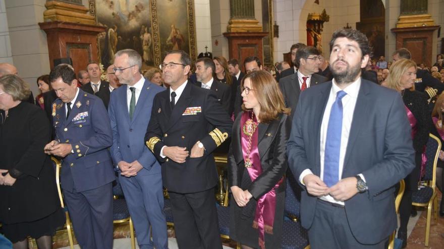 Castejón pide a la patrona que vele por los enfermos, maltratadas e inmigrantes