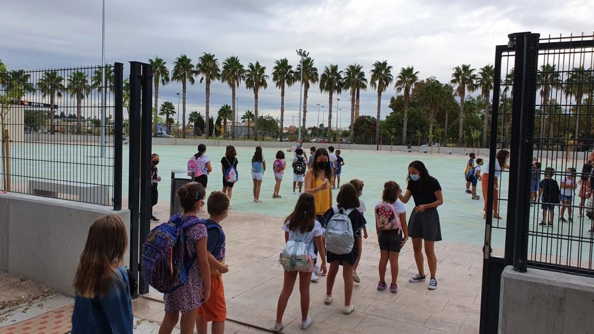 Unos 250 alumnos estrenan aulas en El Rajolar de Aldaia