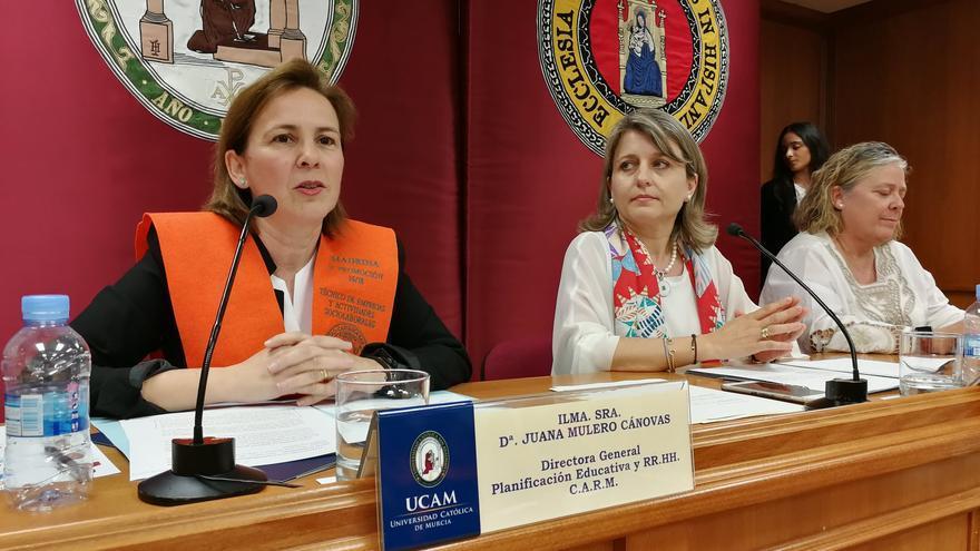 Campuzano nombrará a Juana Mulero como presidenta del Consejo Escolar de la Región