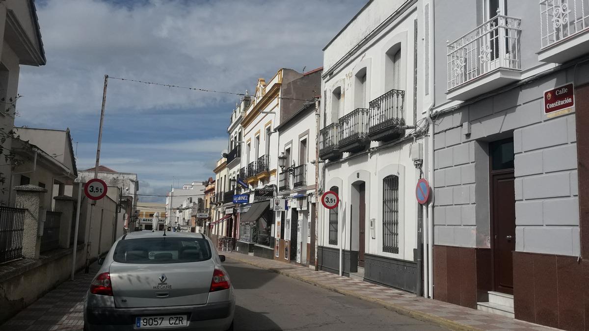 Imagen de archivo de la calle Constitutición de Peñarroya-Pueblonuevo.