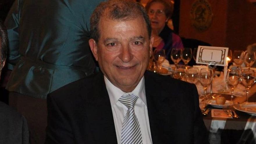 Las Fallas pierden a Enrique, padre de Raquel Giner, fallera mayor de València 1995