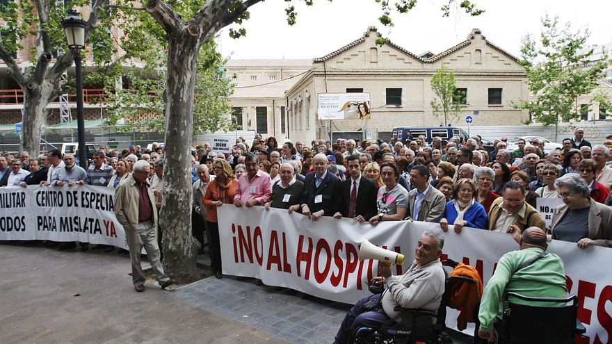 Hospital de Manises:  historia de dos décadas de desencuentros