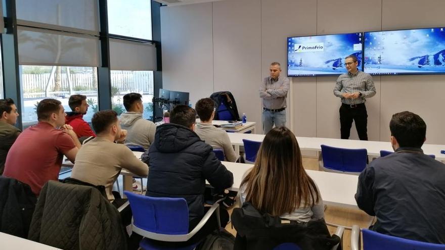 Primafrio pone en contacto a alumnos de FP Dual Armonizada con el mundo de la empresa