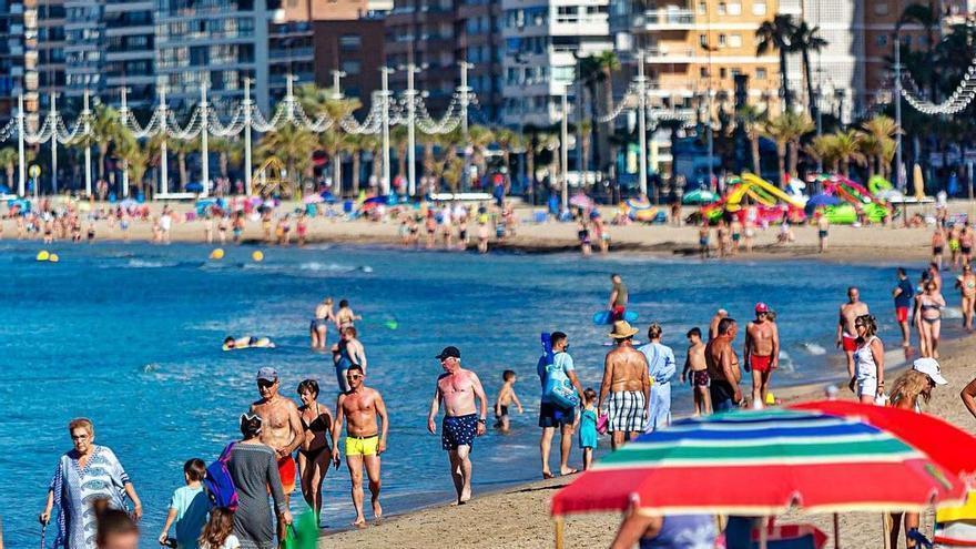 El turismo nacional genera un 60% de ocupación hotelera en julio con puntas del 70% en fin de semana