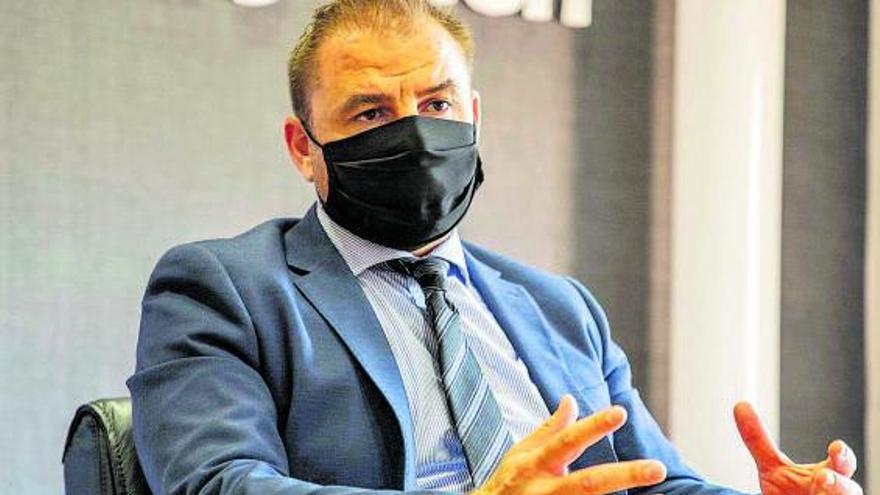 """Carlos Aguilar, director General de Acción Exterior: """"El Gobierno debe aplicar una fiscalidad ventajosa para las zonas deprimidas"""""""