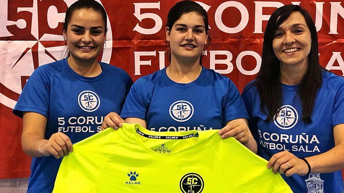 Elena López, Fani Martínez y Sandra Blanco, de la Academia Red Blue 5 Coruña.