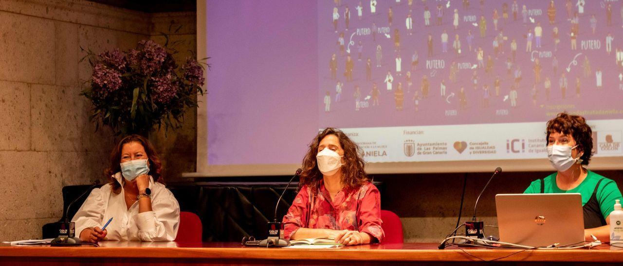 Rueda de prensa de presentación de las Jornadas contra la trata para explotación sexual del programa Daniela Oblatas.