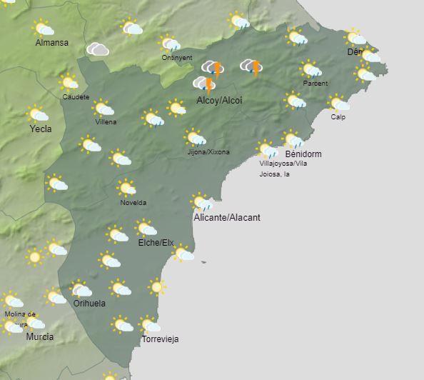 Este viernes pueden registrarse chubascos en el interior que pueden ser localmente fuertes y acompañados de tormentas.