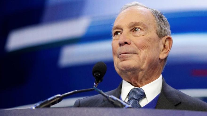 Bloomberg se retira tras su fracaso en el Supermartes