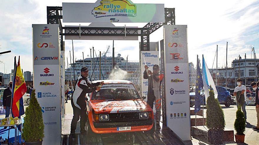 Pablo Lizó y Ezequiel Salgueiro ganan el Rally Rías Altas de históricos