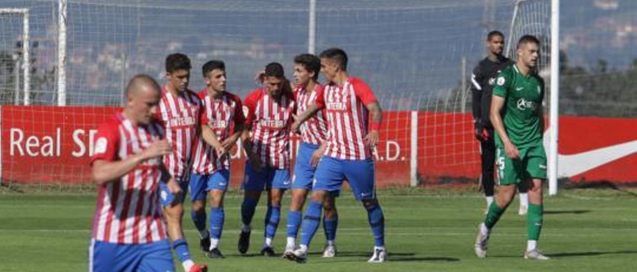 Por la izquierda, Kravets, Nacho Méndez, Argüelles, Berto, Pelayo Pérez, Djuka, Christian Joel y Jordi Pola.