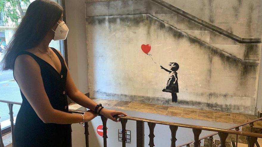 Vuelve la exposición que reproduce las obras del creador urbano Banksy