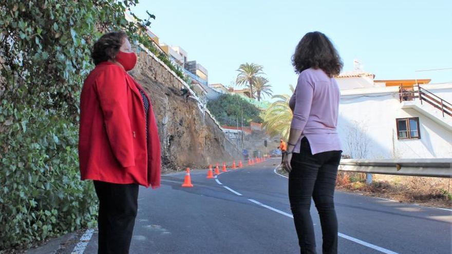 El Cabildo estabiliza  un talud peligroso en la carretera insular TF-2214