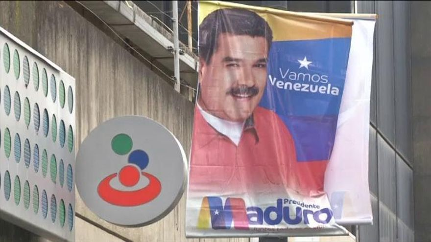 Maduro interviene Banesco y detiene a once directivos