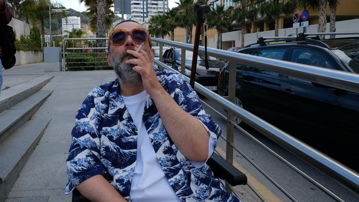 Bob Pop, tras el photocall de 'Maricón perdido' en el 24 Festival de Málaga.