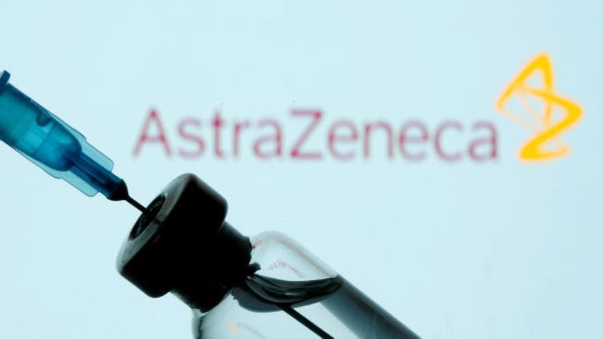 La Comisión Europea sospecha que AstraZeneca ha revendido las vacunas
