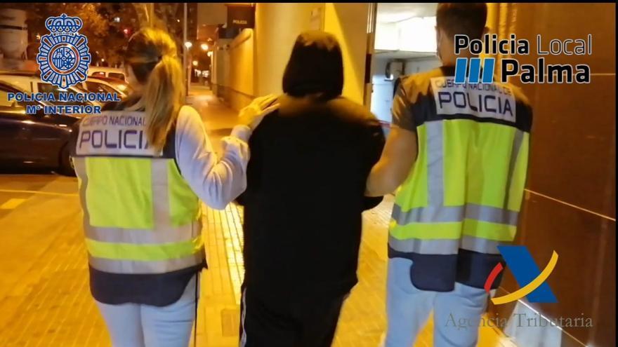 Desmantelados dos puntos de venta de droga en s'Arenal
