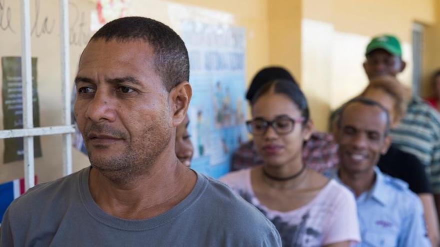 República Dominicana cancela sus elecciones municipales por problemas técnicos