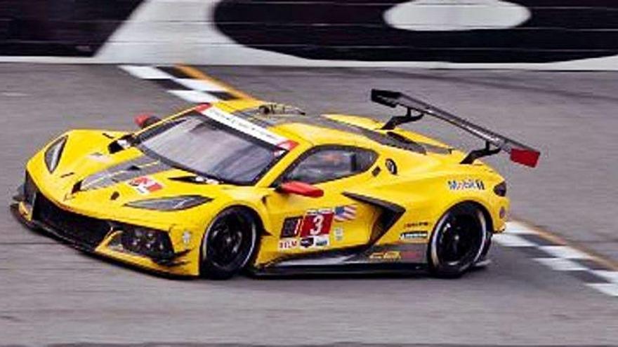 Antonio García gana en Daytona y se lo dedica a Adrián Campos