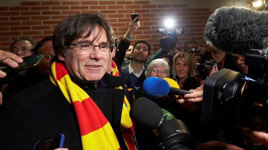 El Supremo mantiene la orden de arresto de Puigdemont