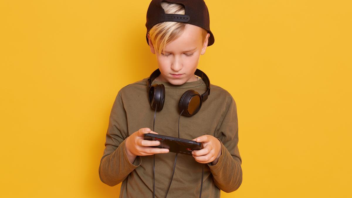 Las familias deben estar preparadas para detectar las señales de alarma que indican un riesgo de adicción a los videojuegos.