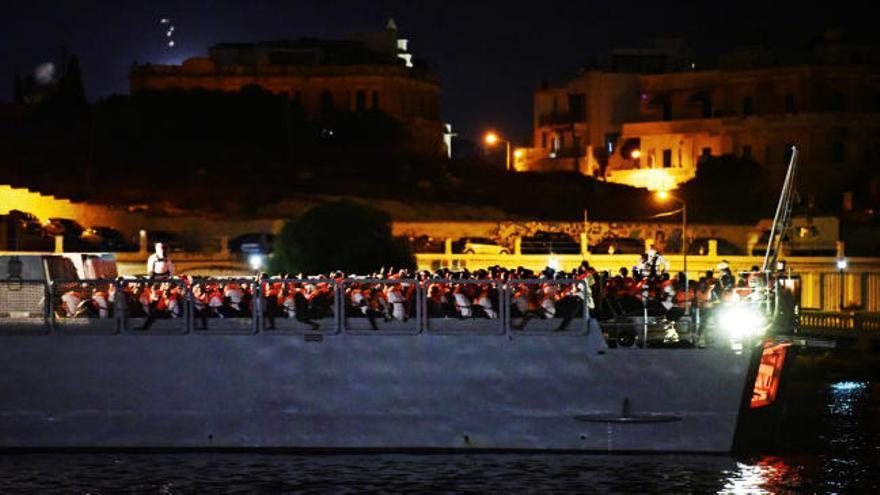 Llegan a Malta los 356 migrantes del Ocean Viking