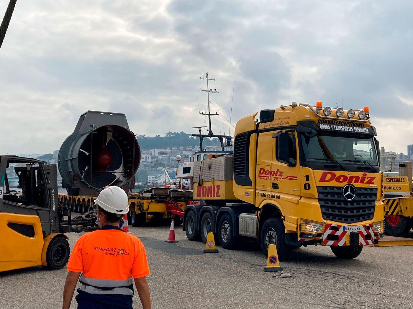 Vigo mueve las entrañas del crucero más grande del mundo