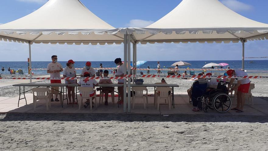 Cruz Roja hará labores de ordenación de playas por covid en la provincia