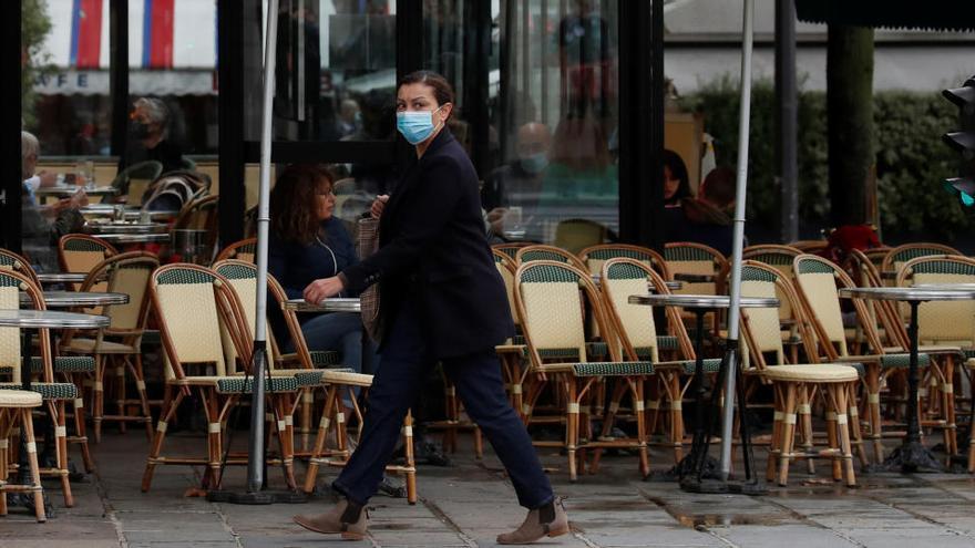 París cerrará bares y gimnasios