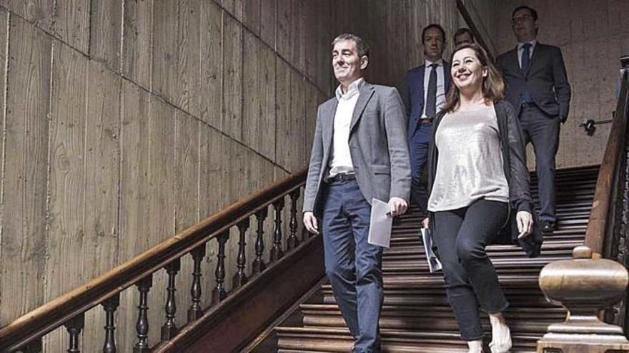 """Clavijo dice que con el REB se han """"tirado por tierra los derechos"""" de los canarios"""