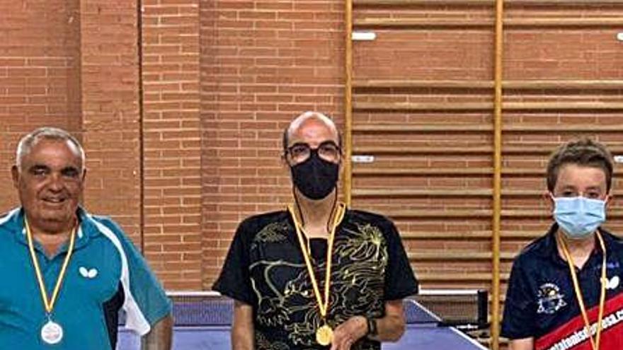 Kike García, del Corriol Oliva- CC La Vital, triunfa en el Open de Elda