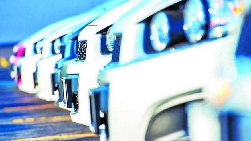 La leve mejoría del turismo anima las ventas de coches de 'rent a car'