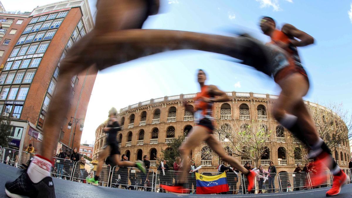 Recorrido el Maratón de València 2020, marcado este año por la pandemia del coronavirus.