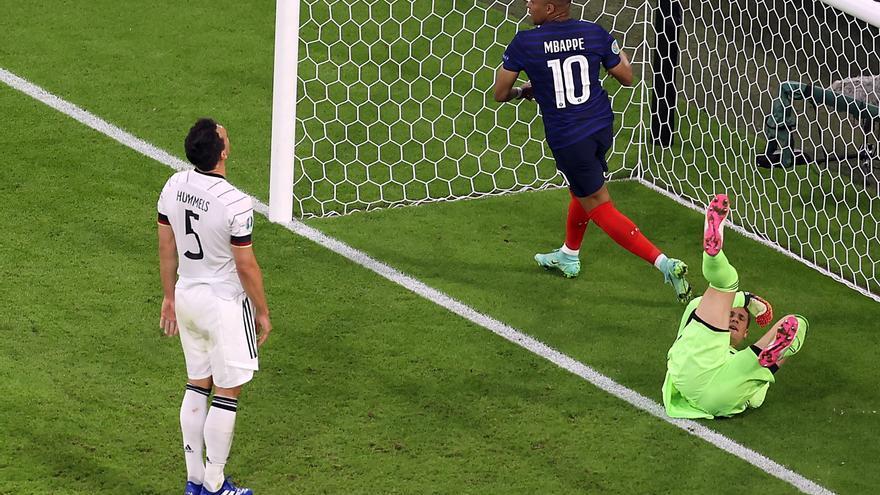 Francia somete a Alemania en un duelo vibrante
