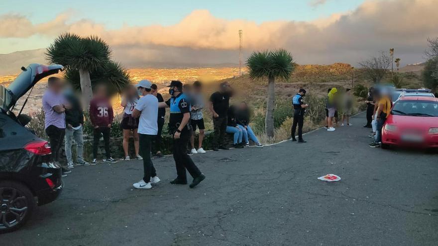 Levantan más de 40 actas a jóvenes por un botellón en Tenerife