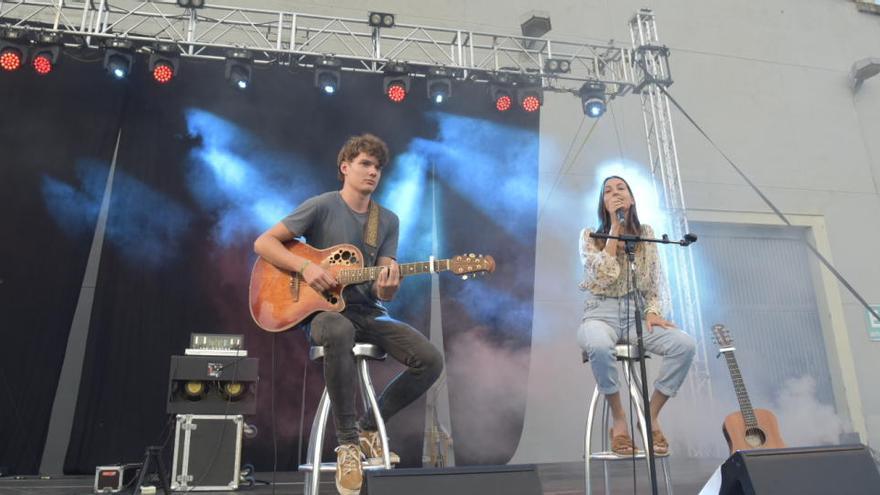 Miki Nuñez i Sara Roy enceten el Vibra Festival