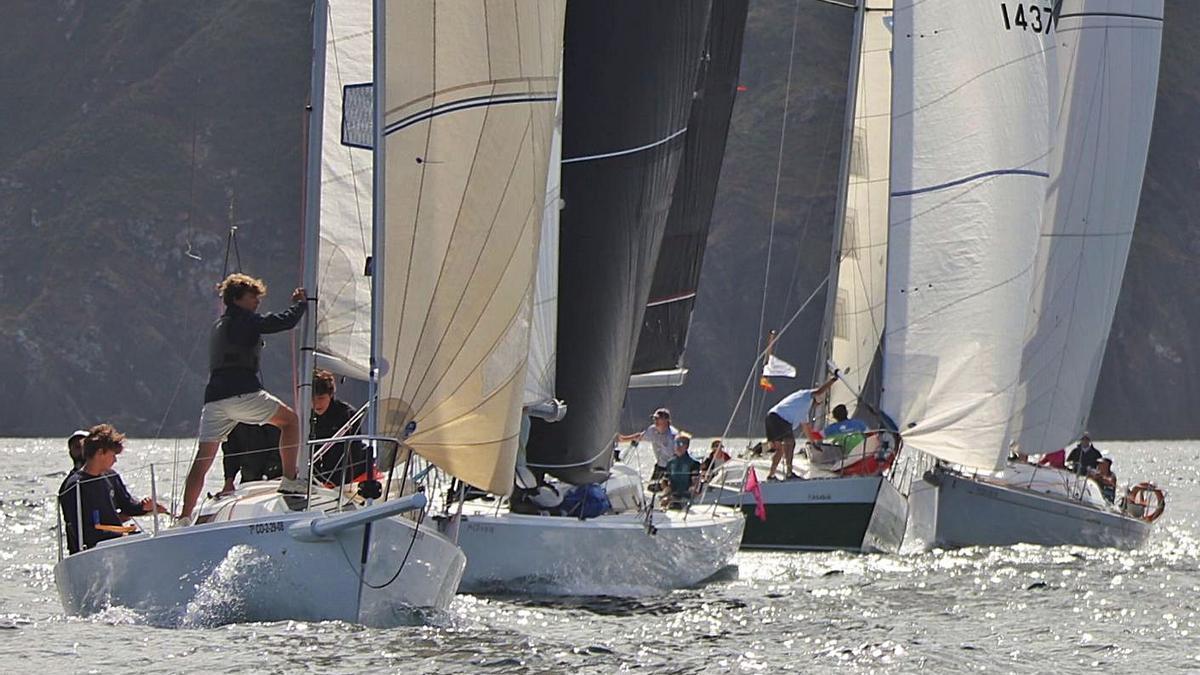 Imagen de archivo de una de las pruebas de Cruceros del RC Náutico. |  // LO