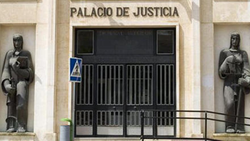 Viola a su mujer tras acusarlo de maltrato en Molina
